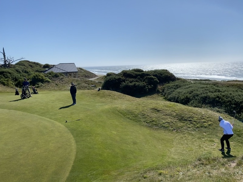 Greenside at Pacific Dunes